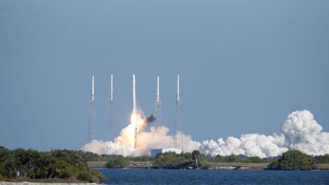 Pierwszy prywatny statek niebawem odleci do ISS